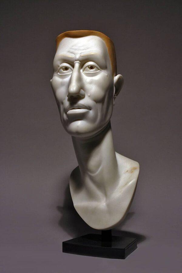 "American Legacy Fine Arts presents ""Buzz"" a sculpture by Béla Bácsi."