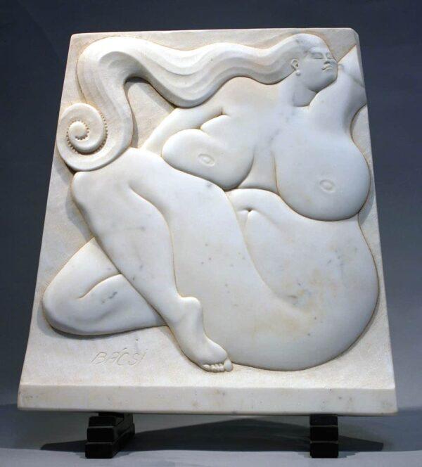 "American Legacy Fine Arts presents ""Pearfection"" a sculpture by Béla Bácsi."